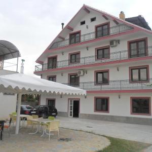 Foto Hotel: Hotel Deutschland, Korçë