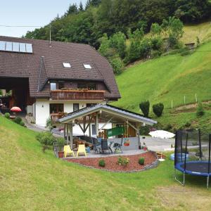 Hotel Pictures: Bergpanorama A, Bad Griesbach