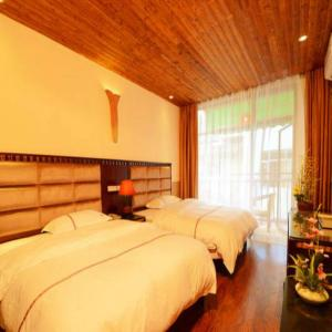 Hotel Pictures: Lucky Clouds Hotel, Yangshuo