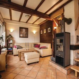 Hotelbilleder: Holiday Home Frankenau with Fireplace XI, Frankenau