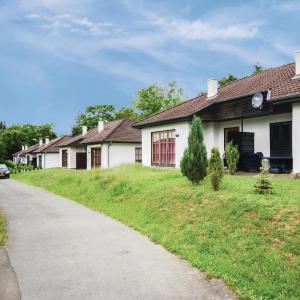 Hotel Pictures: Holiday Home Feriendorf Frankenau A6, Frankenau