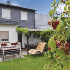 Hotel Pictures: Apartment Hastenpflug - 03, Tellig