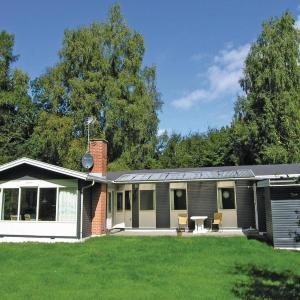 Hotel Pictures: Holiday home Myretuevej, Melby