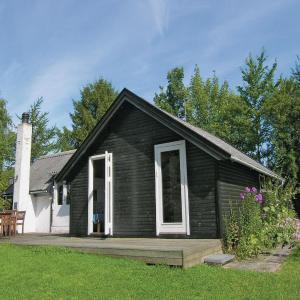 Hotel Pictures: Holiday home Hjortevej II, Hornsved