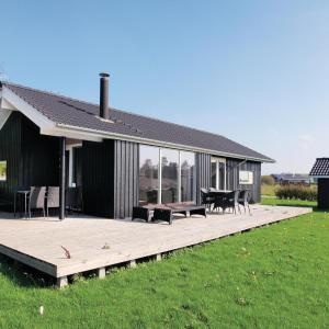 Hotel Pictures: Holiday home Slagelse 52 with Hot tub, Venemose