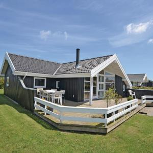 Hotel Pictures: Holiday home Strandparken XI, Otterup