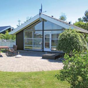 Hotel Pictures: Holiday home Vrinners Strandvej Knebel III, Knebel