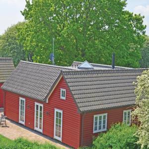 Hotel Pictures: Holiday home Sortebærvej Grenaa IX, Grenå