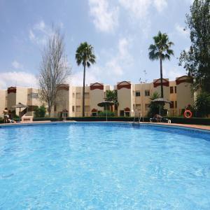 Hotel Pictures: Two-Bedroom Apartment in Riviera Del Sol, Sitio de Calahonda