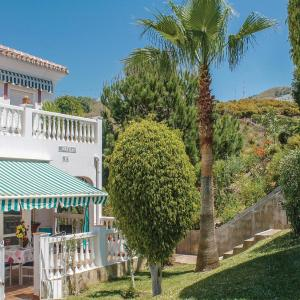 Hotel Pictures: Two-Bedroom Holiday Home in Torrox Costa, Torrox Costa