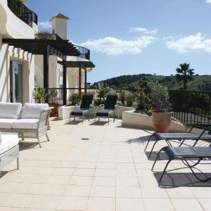 Hotel Pictures: Apartment San Roque Club Resort I, Alcaidesa