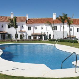 Hotel Pictures: Holiday Home Equitación, La Cala de Mijas