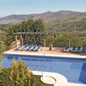 Hotel Pictures: Holiday Home Periana - 01, Periana