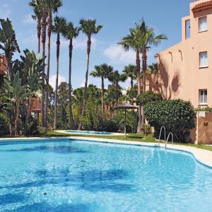 Hotel Pictures: Apartment Urb. Paraiso de la Bahia, Casares
