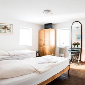 Hotel Pictures: Bauer Schmidt Weilerbach, Weilerbach
