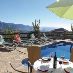 Hotel Pictures: Holiday home Pago El Meli, Torrox