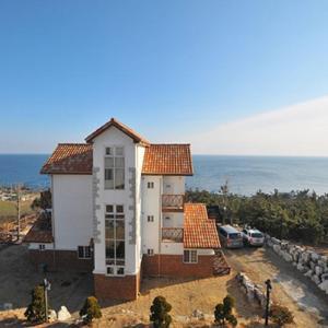 酒店图片: 比奇加勒里度假屋, 东海市