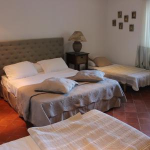 Hotel Pictures: Au cochon qui tete, Moussac