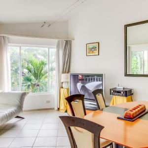 Hotel Pictures: Bahia Langosta 32a, Tamarindo