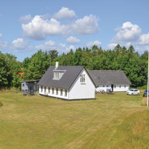 Hotel Pictures: Studio Holiday Home in Sindal, Sindal