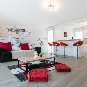 Hotel Pictures: Loft Rouge - MagicBordeaux, Bordeaux