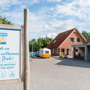 Hotel Pictures: Camping am Deich GmbH & Co. KG, Krummhörn