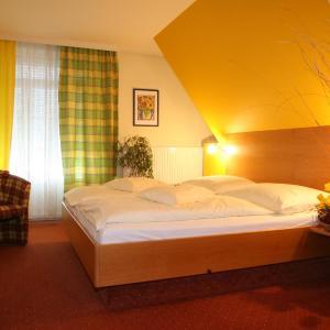 Hotelbilleder: Landhotel Garni Novosel-Wagner, Stegersbach