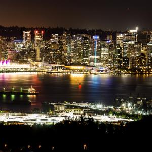 Hotel Pictures: Emperial Suites, North Vancouver