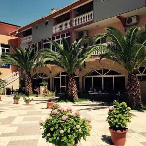 Fotos do Hotel: Kompleksi Jakaj, Velipojë