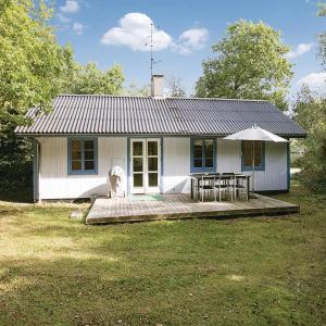 Hotel Pictures: Holiday home Myrevej Nexø II, Langedeby