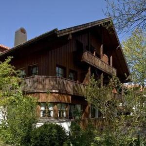 Hotel Pictures: Hotel Schrenkhof, Unterhaching