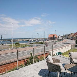 Hotel Pictures: Holiday Home Allinge with Patio I, Allinge