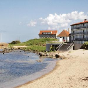 Hotel Pictures: Strandpromenaden, Allinge