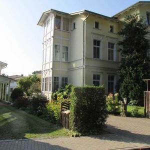 Hotelbilleder: Villa Waldstraße - Ferienwohnung 14, Bansin Dorf