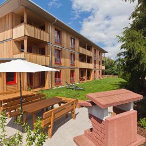 Hotel Pictures: Ferienwohnung Kerschbaum 1, Bad Windsheim