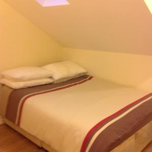 Hotel Pictures: MARLEY MANSIONs APARTMENT - KING ST REF: 4/3, Wallasey
