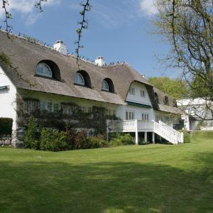 Hotel Pictures: Comwell Borupgaard, Snekkersten