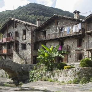 Hotel Pictures: Can Ferran Beget, Beget