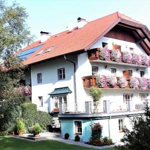 Hotellikuvia: Pension Waldhof, Koppl