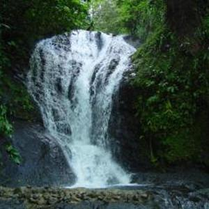Hotel Pictures: Light of Dawn, Quepos