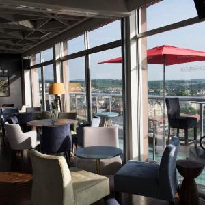 Hotel Pictures: Qualys-Hotel Le Concorde Panoramique, Thionville