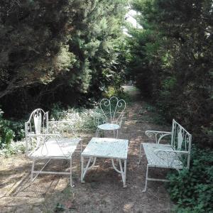 Hotel Pictures: Holiday home Domaine des Maures, Saint-Nazaire-d'Aude