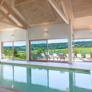 Hotel Pictures: Hotel Spa Les Rives Sauvages, Malbuisson