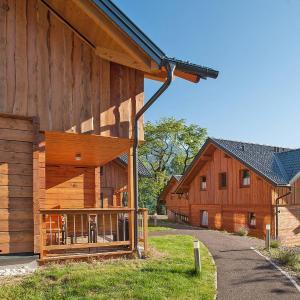 Фотографии отеля: Ferienhaus Landskron 150S, Heiligen Gestade