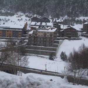 Fotos de l'hotel: First Line Mountain View Ski Apartment, Soldeu