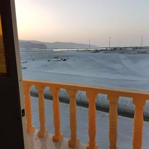 Hotel Pictures: Kamzar Beach Furnished Apartments, Dib Dibba