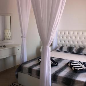 Fotografie hotelů: Saranda Beach Apartment, Gjashtë