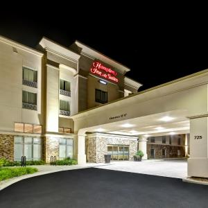 Hotel Pictures: Hampton Inn & Suites Guelph, Guelph