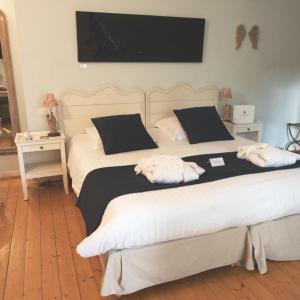 Hotel Pictures: Relais du Silence Le Moulin de Valaurie, Valaurie
