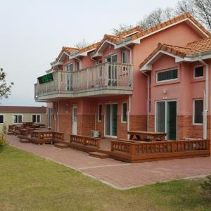 Zdjęcia hotelu: Rainpark Pension, Pocheon